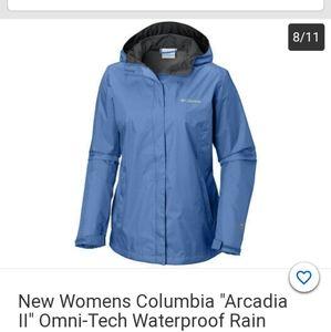 COLUMBIA WOMEN'S WATERPROOF RAIN JACKET